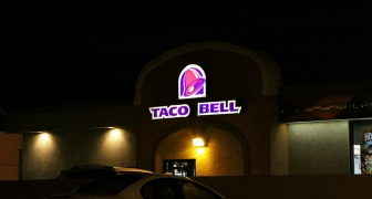 taco bell signs at night