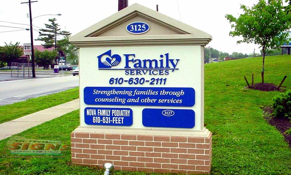 Family-Services--Monument-Sign.jpg